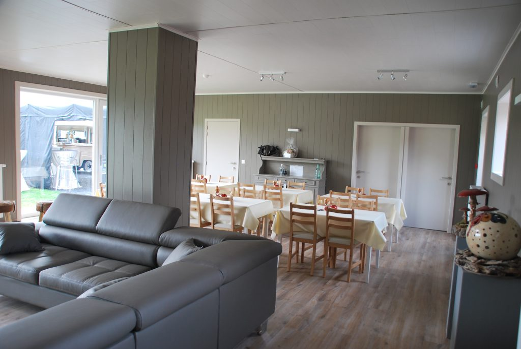 Lounge + ontbijtruimte